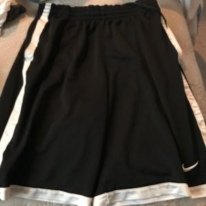 NIKE Basketball Shorts! Great condition!
